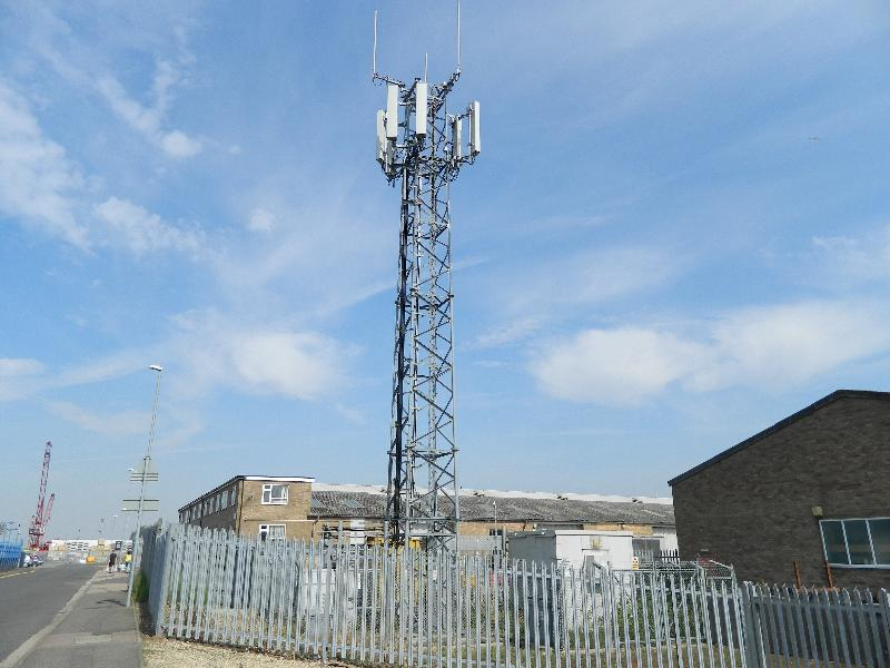 Wisbech Port mobile netwrkork transmitter (Uk, Cambs) 1